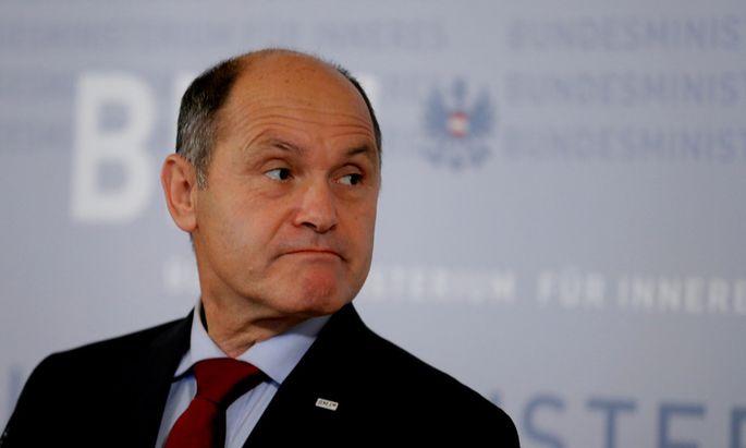 Erst am Dienstag konnte Wolfgang Sobotka das Wahlergebnis präsentieren. Denn es sei sehr genau gezählt worden, betonte der Innenminister.