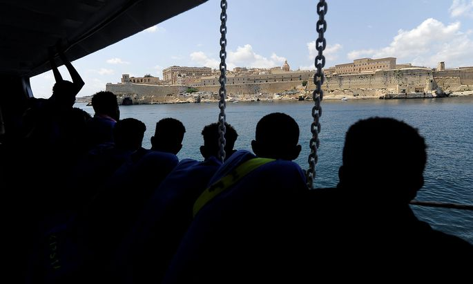 Malta und Italien wollen aus dem Meer gerettete Migranten nicht mehr aufnehmen.