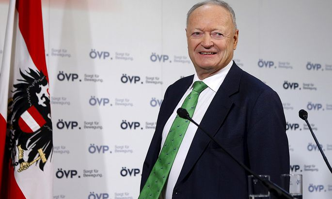 Former OeVP faction leader Khol arrives for a news conference of his party, presenting him as their candidate in the 2016 Austrian presidential election in Vienna