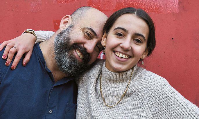Mit ihrem Vater Koral überlegte sich Lea El i die Rezepte.