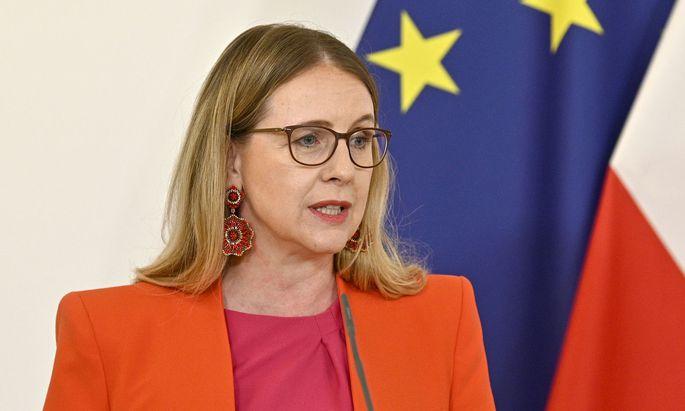 Wirtschaftsministerin Margarethe Schramböck