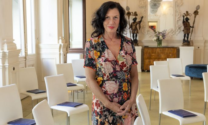 Hannah Neunteufel managt im Vienna Ballhaus nun Testungen neben Events.
