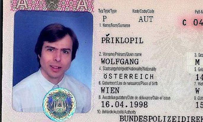Archivbild: Ausschnitt des Reisepasses von Wolfgang Prikopil