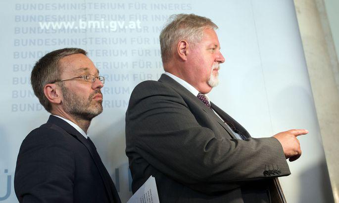 Innenminister Herbert Kickl (FPÖ) und BVT-Direktor Peter Gridling präsentierten am Dienstag ihre Reformpläne für das Amt für Verfassungsschutz.
