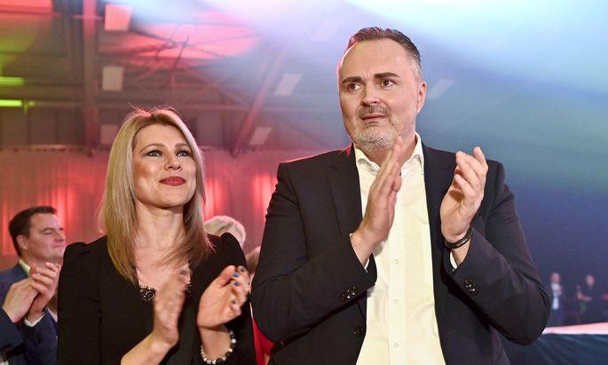 Hans Peter Doskozil und Julia Jurtschak.