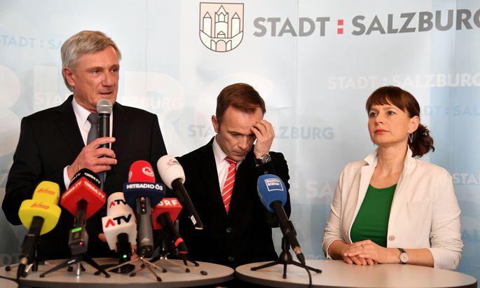 B†RGERMEISTSchwarze Stadt Salzburg: Bürgermeister Harald Preuner (ÖVP) hätte mit weniger, Bernhard Auinger (SPÖ) und Bürgerlisten-Spitzenkandidatin Martina Berthold (von li.) hätten mit mehr Stimmen gerechnet.ERWAHL IN SALZBURG: PREUNER (…VP), AUINGER (SP…), BERTHOLD (B†RGERLISTE)