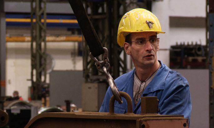 Mit 42 Jahren hat Koni sein Ziel erreicht: Berufsausbildung.