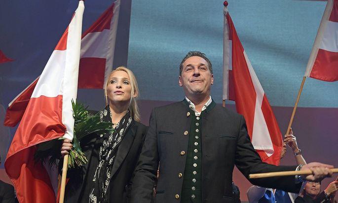 Wahlkampfauftakt Wahlveranstaltung der Freiheitlichen Partei Oesterreichs fuer die Nationalratswahl