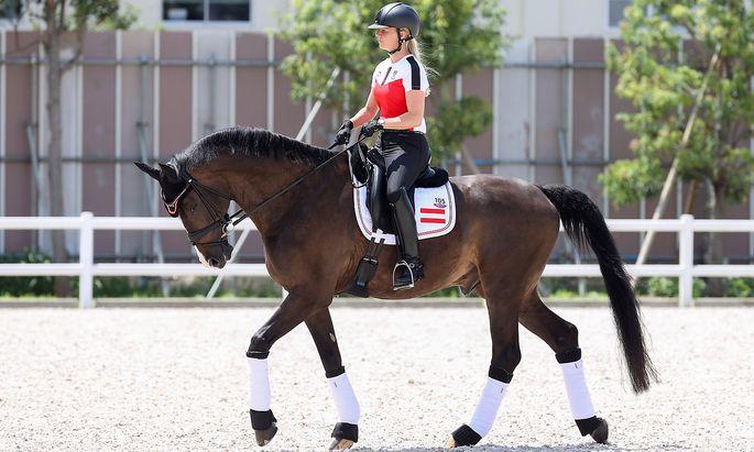 Noch ein junges, aber erfolgreiches Duo: Seit 2020 reitet Victoria Max-Theurer mit Wallach Abegglen.