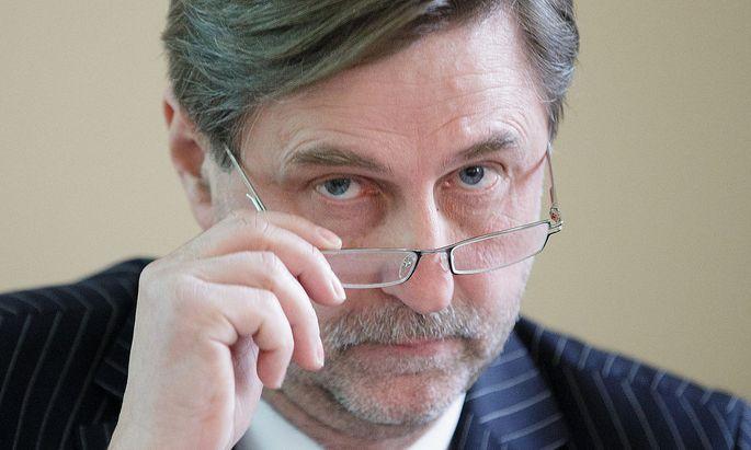 PK CA IMMO AG 'EINSTIEGSPLAeNE BEI IMMOFINANZ - VORLAeUFIGE ERGEBNISSE DES GESCHAeFTSJAHRES 2014': ETTENAUER