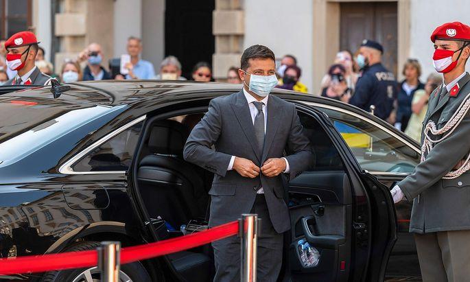 Der ukrainische Präsident Wolodymyr Selenskyj deponierte seine Umbenennungswünsche bei Bundeskanzler Sebastian Kurz in Wien.