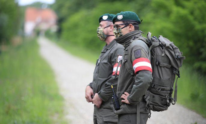 Soldaten bei der Grenzraumüberwachung. Werden Assistenzeinsätze jetzt die zentrale Aufgabe?