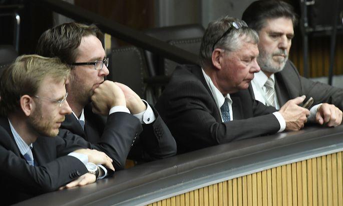 Verfahrensanwalt Andreas Joklik, Verfahrensanwalt stv. Michael Kasper, Verfahrensrichter stv. Philipp Bauer und Verfahrensrichter Ronald Rohrer
