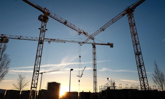 baukran,baustelle,bauindustrie *** crane,construction site,construction gfk-lgt