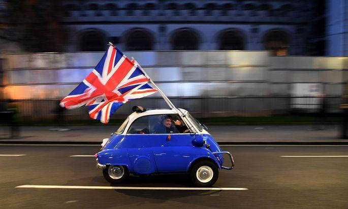 Auf dem Weg in eine ungewisse Zukunft: Pünktlich zum Jahreswechsel kappt Großbritannien die Verbindungen zum Binnenmarkt der Europäischen Union.