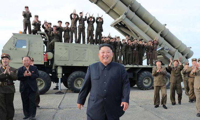 Kim Jong-un feuert wieder Raketen ab.