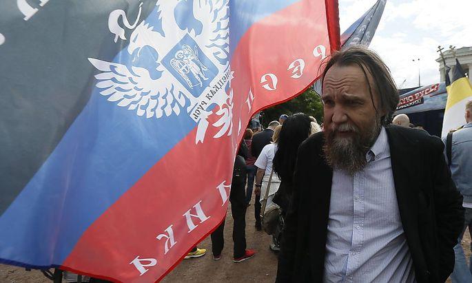 Alexander Dugin denkt nicht gern in kleinen Einheiten.