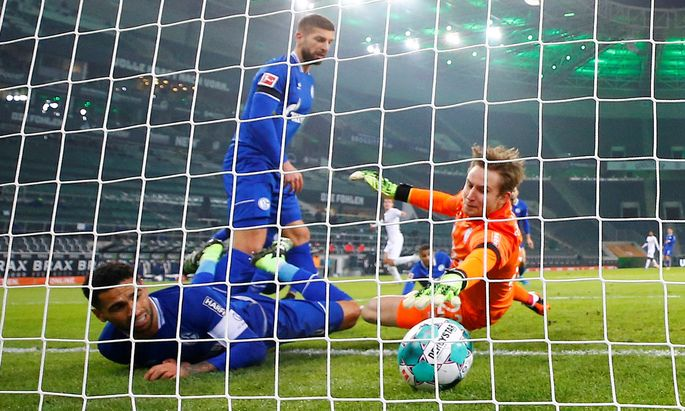 Gewohntes Bild: Schalke kassiert ein Gegentor, in neun Runden waren es 28.