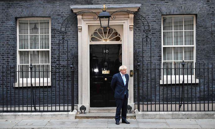 Premier Boris Johnson ist mit seinen Plänen im Parlament gescheitert. Dennoch könnte er am Ende als Sieger dastehen.