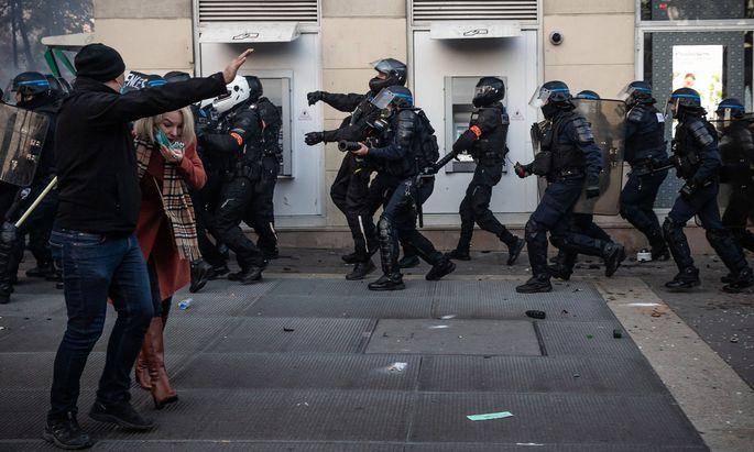Kritik an Polizei in Frankreich nach schockierendem Video