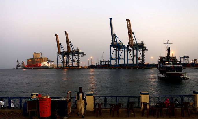 Port Sudan am Roten Meer.