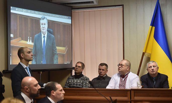 Viktor Janukowitsch blieb dem Prozess physisch fern.