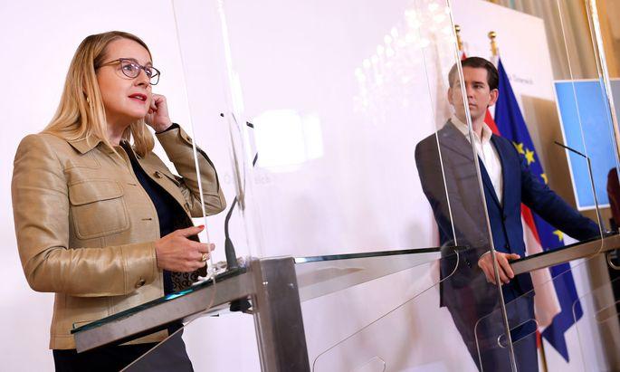 Wirtschaftsministerin Schramböck und Kanzler Kurz.