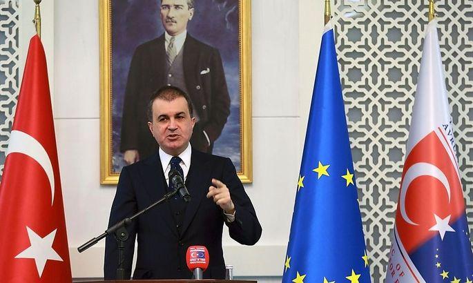 """Der türkische EU-Minister Ömer Celik kritisiert Österreich für seine """"anti-türkische Politik""""."""
