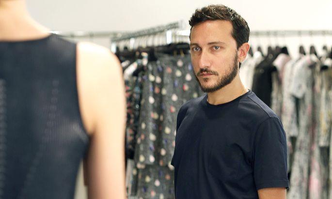 Modetraum. 2009 zeigte Marco De Vincenzo seine erste eigene Kollektion, damals in Paris.