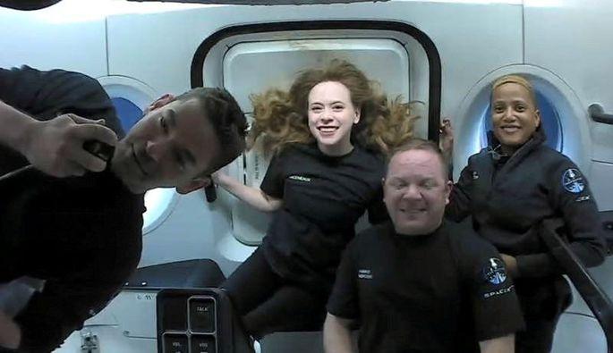 Die Crew der Weltraumkapsel