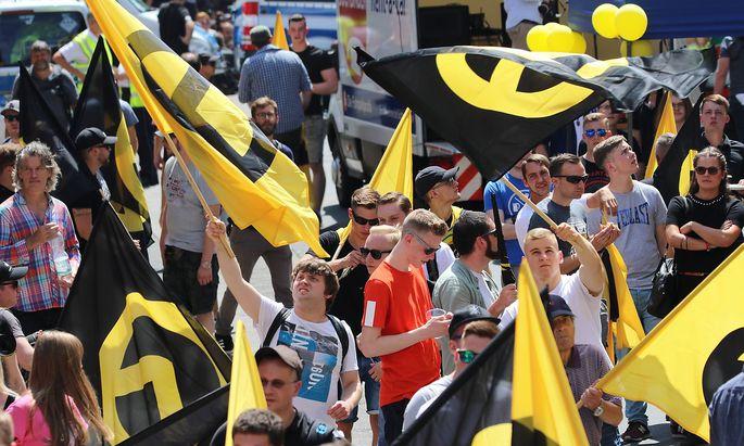 Archivbild eines Veranstaltung der Identitätren Bewegung in Halle.
