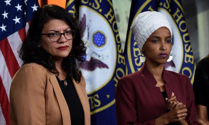 Die demokratischen US-Abgeordneten Rashida Tlaib (l.) und Ilhan Omar.