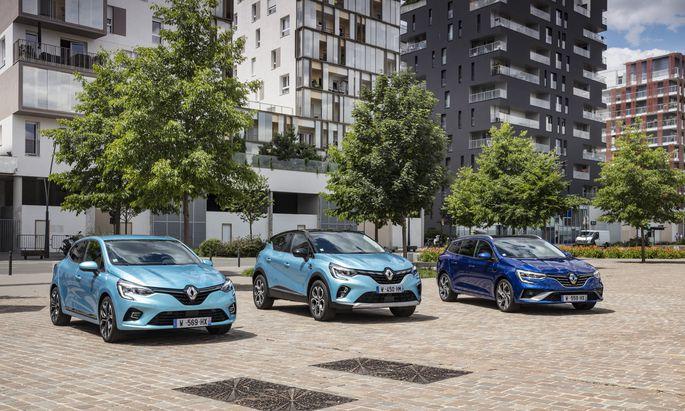 Die neuen Renault-E-Tech-Hybrid-Modelle: der Clio, der Capture und der Mégane (v. l.).