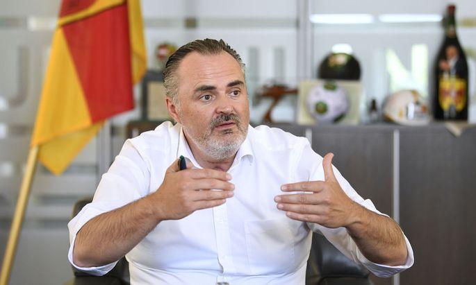 Hans Peter Doskozil kämpft als bester Mann der Regierung in der SPÖ.