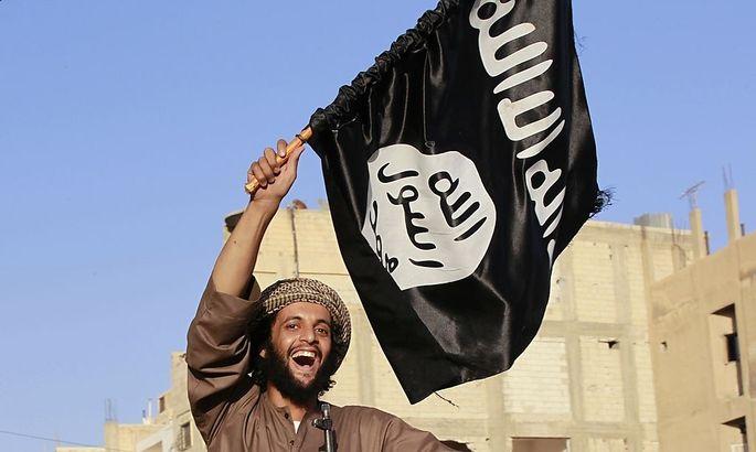 Ein IS-Kämpfer in der Dschihadisten-Hochburg Rakka.