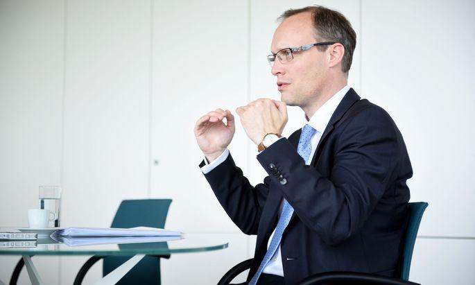 Alexander Biach , Präsident des Hauptverbands der Sozialversicherungsträger