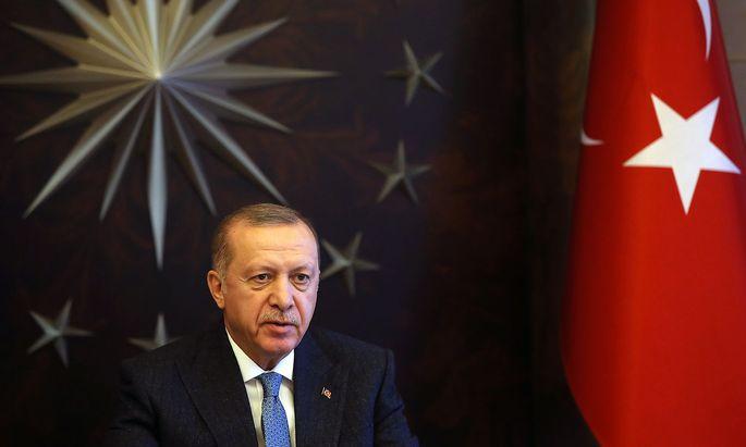 Der türkische Präsident legt Kritik an seinem Regierungsstil oftmals als Aufwiegelung zum Staatsstreich aus