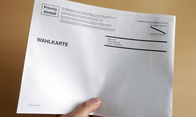 Symbolbild: Wahlkarten-Kuvert