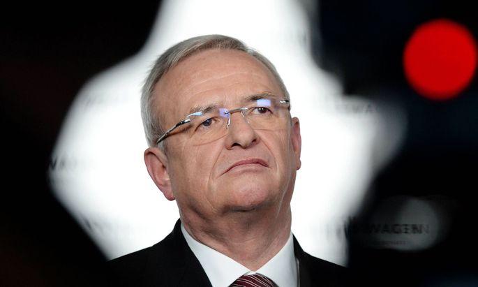 Martin WINTERKORN Vorstandsvorsitzender CEO bei einem Interview fuer das Fernsehen TV Jahrespr