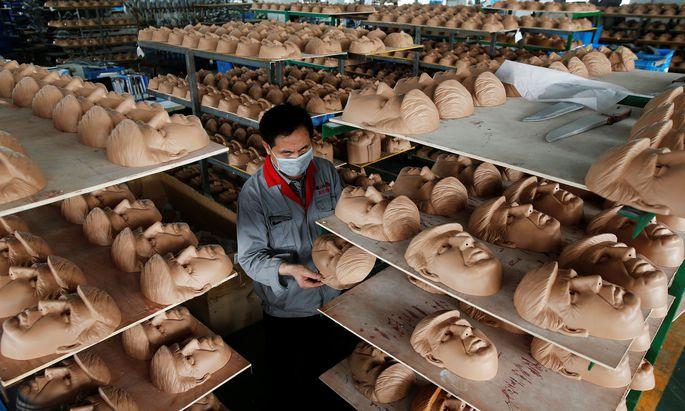 Donald-Trump-Masken für den US-Markt: Das nächste Opfer für US-Strafzölle auf Waren aus China?