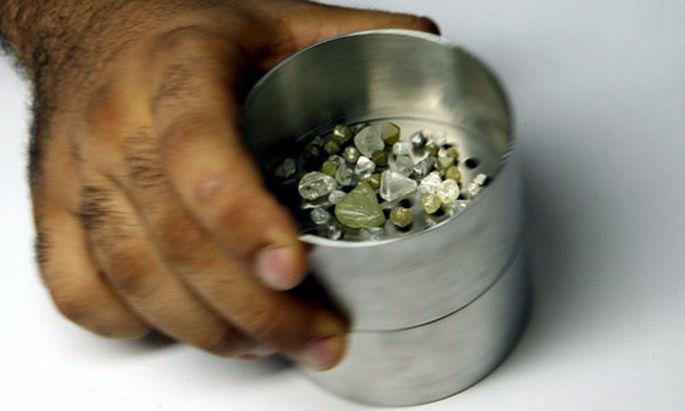 Diamanten Bann gegen blutige