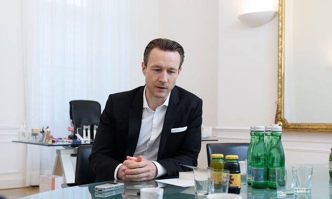 """""""Jemand hat zu mir vor Kurzem gesagt: ,Sie reden jetzt schon wie Kreisky!'"""": Gernot Blümel, Finanzminister und Obmann der Wiener ÖVP."""