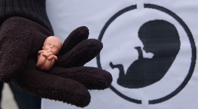 Drei Frauen klagen Irland wegen seines Abteibungsverbots