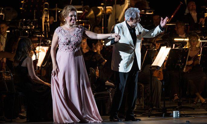 María José Siri und Plácido Domingo bei der Duett-Gala in Verona.