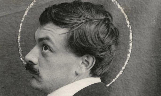 """Eigentlich müsste sein Heiligenschein quadratisch sein: Kolo """"Quadratl""""-Moser, anonymes Foto um 1903."""