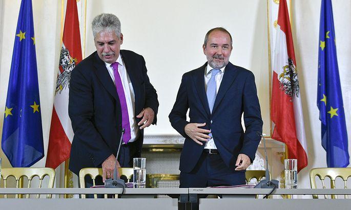 MINISTERRAT - PRESSEFOYER: SCHELLING / DROZDA