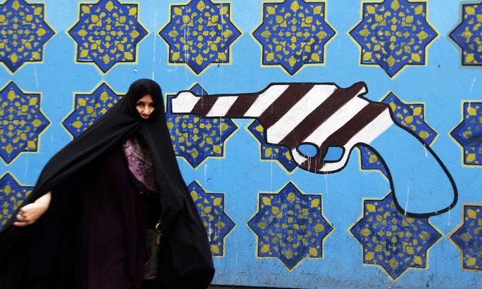 Die Trump-Regierung setzt dem iranischen Regime die Pistole auf die Brust. Die Führung in Teheran reagiert mit harschen Tönen gegen Washington.