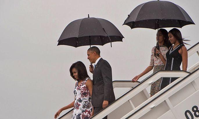 Familie Obama bei der Ankunft auf Kuba