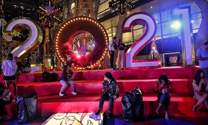 So viele Menschen an einem Ort? Zu Silvester nicht erlaubt. Hier ein Archivbild aus einem Einkaufszentrum in Bangkok.