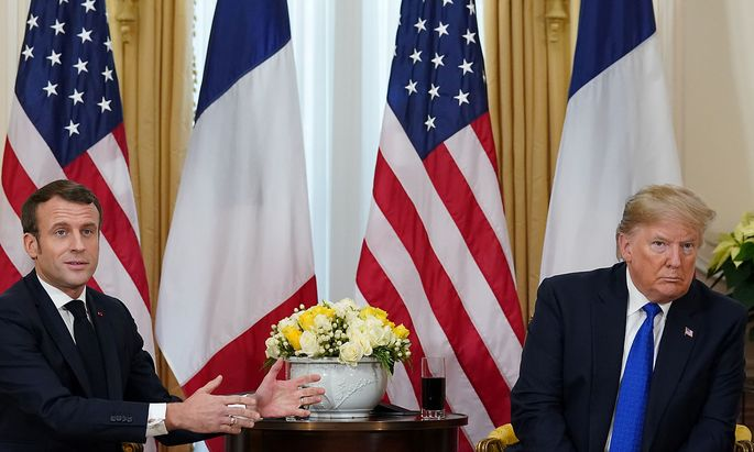 Zukunft der Nato, Umgang mit Terroristen, Digitalsteuer und Strafzölle: Frankreichs Staatschef Emmanuel Macron und US-Präsident Donald Trump lieferten sich bei ihrem Treffen am Rande des Londoner Nato-Gipfels über alle diese Streitfragen einen scharfen verbalen Schlagabtausch.